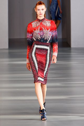 images/cast/10150290723457035=my job on fabric x=peter pilotto Summer show 2012 london